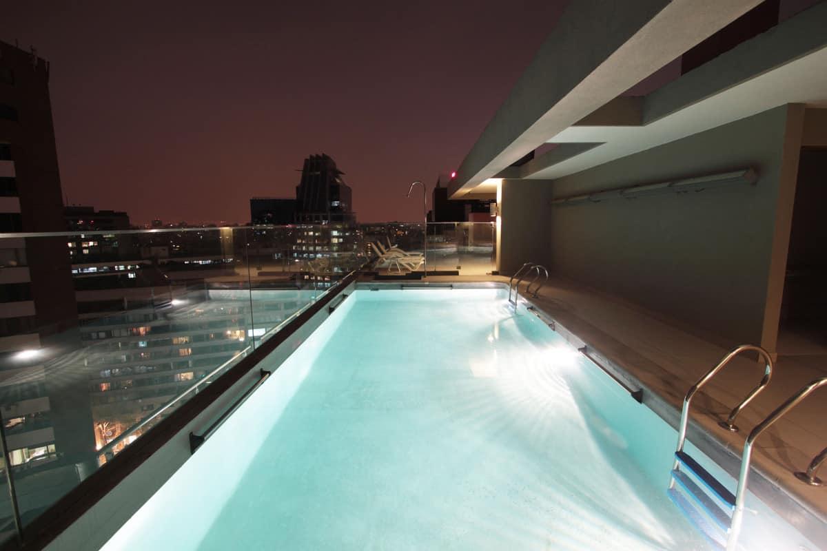 Hotel Torremayor Providencia piscina01