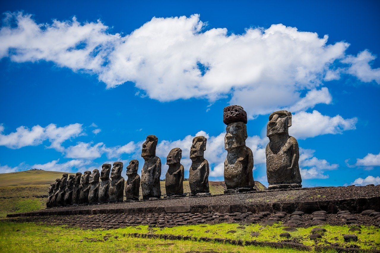 moai 1857652 1280